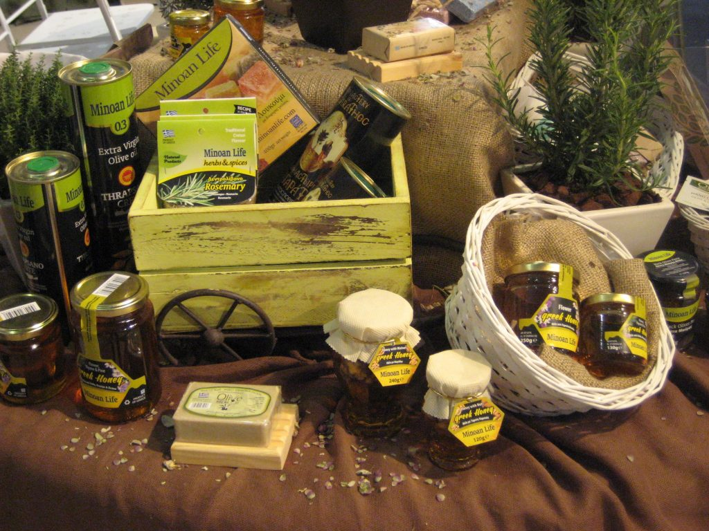 summer_items_exhibition_rhodes_1_2014_minoanlife
