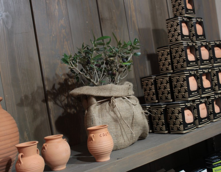 ceramic_pots_1_minoanlife